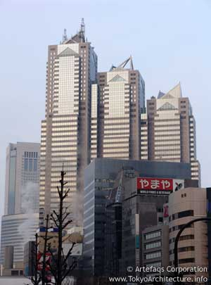 ShinjukuParkTower-002.jpg
